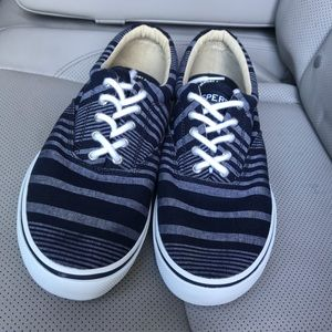 Sperry top-sider canvas sneakers size 11.